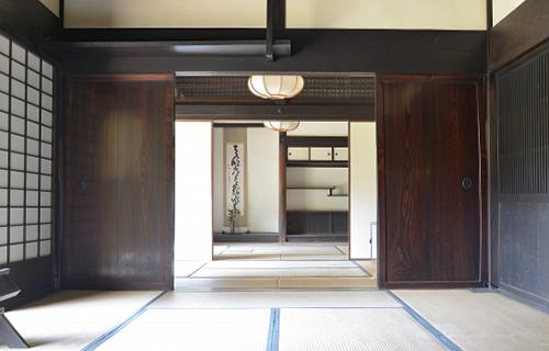 和風‗綺麗な室内
