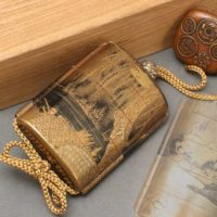 提げ物 内梨地 柳蒔絵 五段 印籠 古銭文根付付属 箱付属