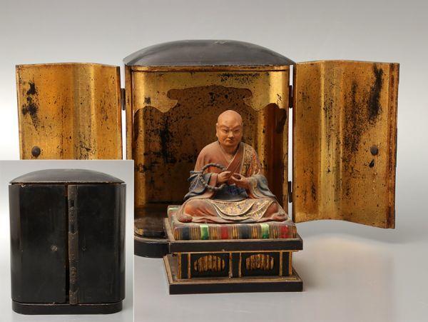仏教美術 木彫 着彩 日蓮聖人座像 内金黒塗厨子付属
