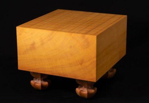 将棋道具 榧 柾目六寸脚付将棋盤 厚さ約18cm