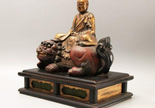 仏教彫刻美術 木彫 金彩僧形文殊菩薩座像 朱塗獅子