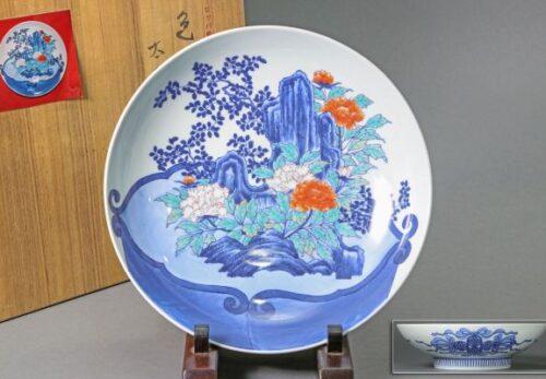 【ヨーロッパの里帰り品】太古に牡丹文 色鍋島皿 直径30.3cm 箱付属