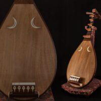 和楽器 五弦 筑前琵琶 全長94.5cm 撥・琵琶立付属